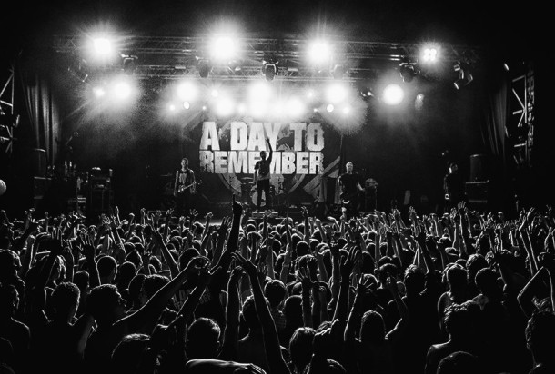 photos-ADTR-metalcore-concert-in-moscow-arena-2013