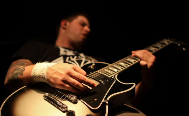 photo-life-Kevin-Skaff-ADTR-guitarist