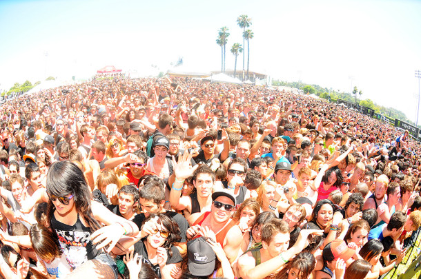 photo-tour-A-Day-To-Remember-Vans-Warped-Tour-2011