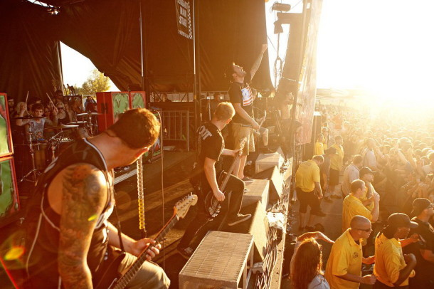 photo-concert-A-Day-To-Remember-Vans Warped Tour