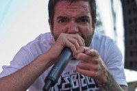 photo-life-Jeremy-McKinnon-ADTR-vocal
