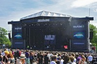 photo-rock-am-ring-A-Day-To-Remember-homesick-2009