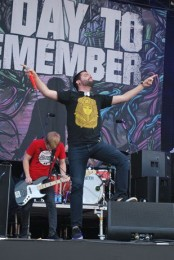 photo-concert-A-Day-To-Remember- Live at Riot Fest