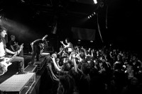 photo-concert-A-Day-To-Remember-Enter Shikari