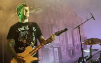 photo-concert-A-Day-To-Remember-Live at Hoppus